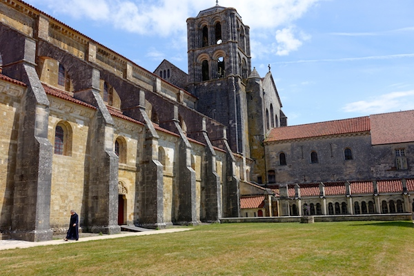 Cathedral square monk Vezelay