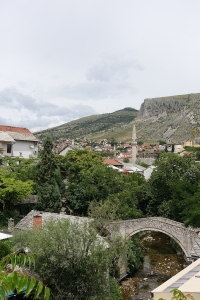 Confusing mostar