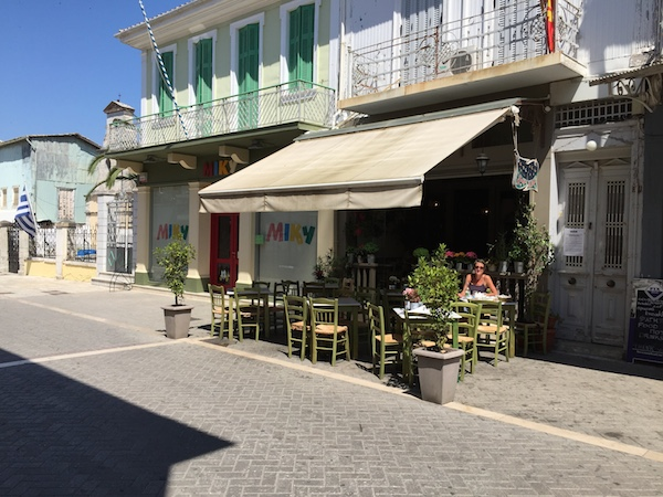 Delicious lunch in eerily quiet Lefkada old town