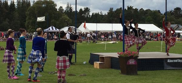highland dancers abernethy games
