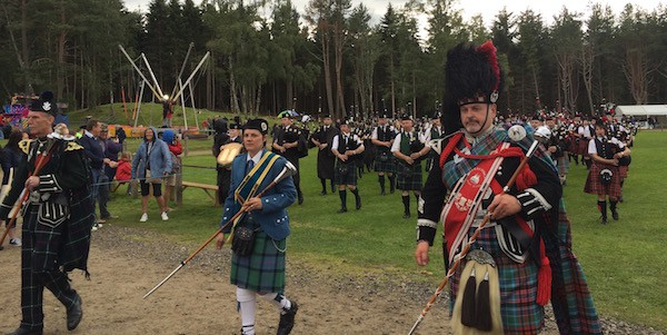 massed pipe band leaders highland games
