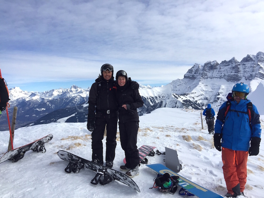 helen-and-adam-enjoy-mountain-view-off-piste-back-country