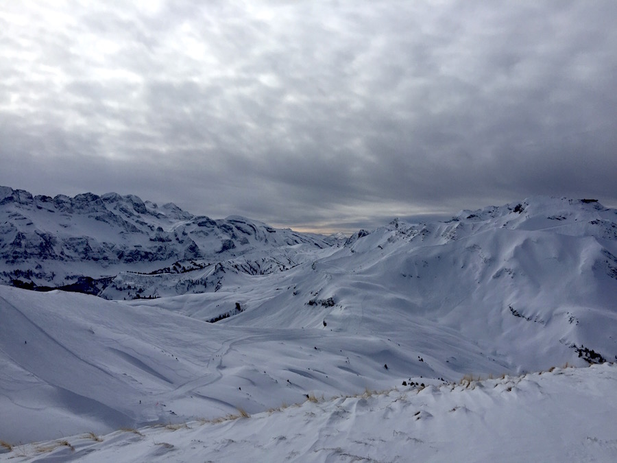 view-worth-the-walk-in-off-piste-backcountry