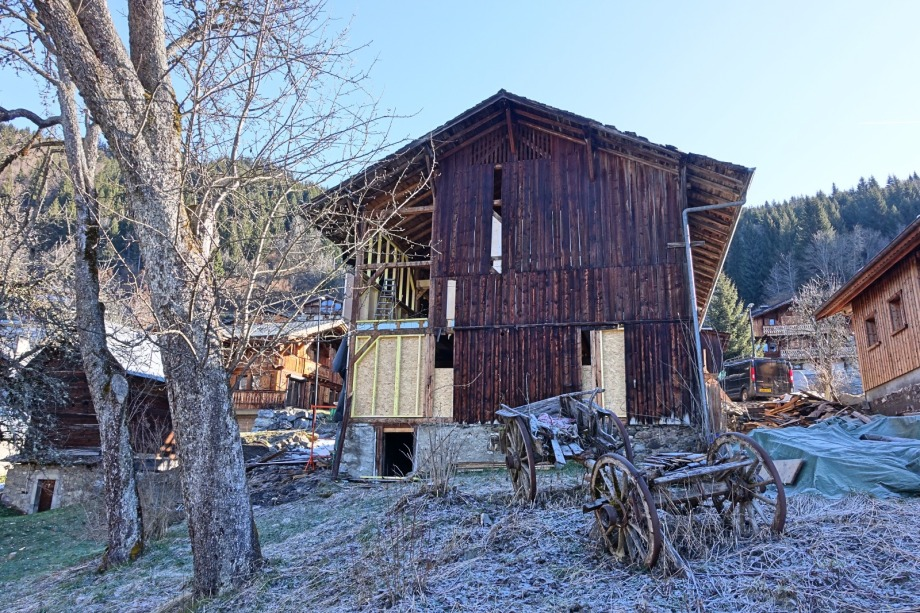 Sheepskin chalet January as work started
